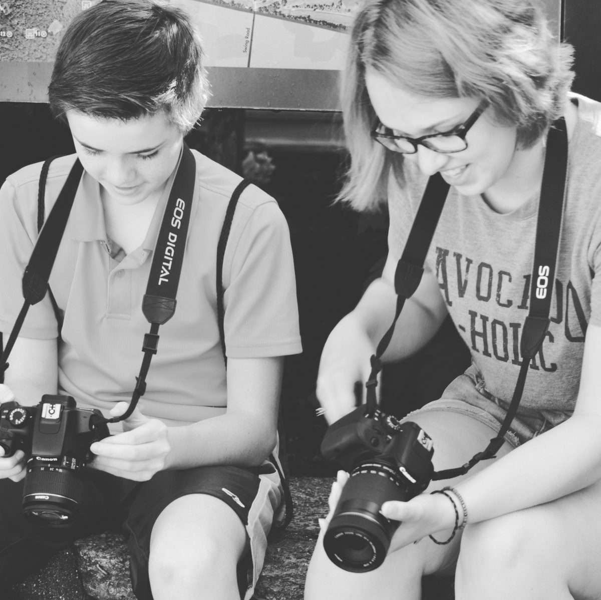 teens learn how to use their cameras in summer camp